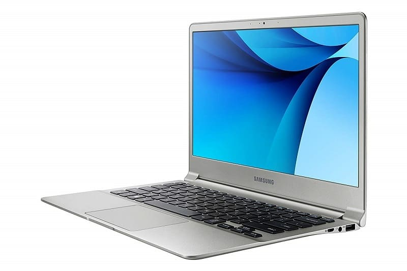 Samsung NP900X3L-K06US Notebook