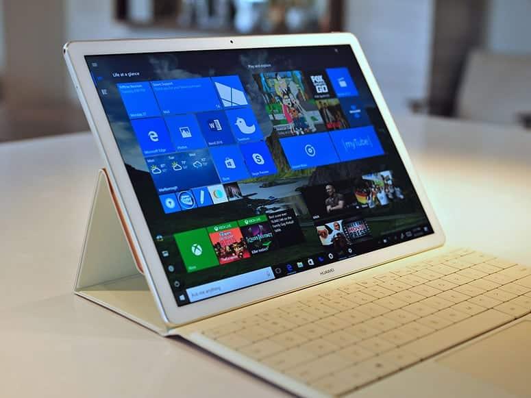 2 in 1 Laptop Tablet