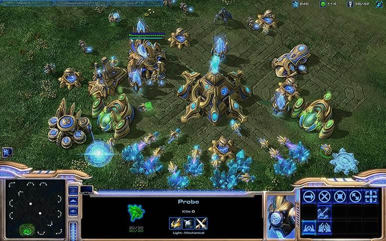 Starcraft 2 Protos Gameplay