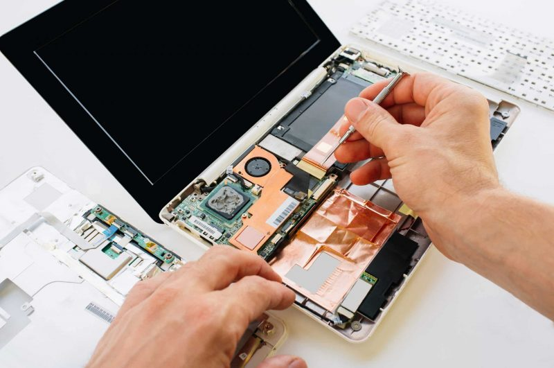 how to remove hard drive from dell laptop